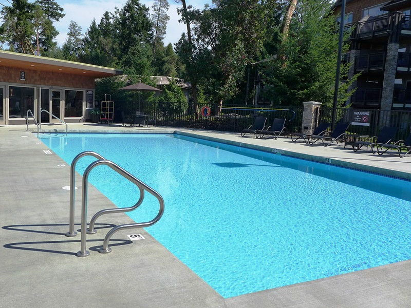 Hotel in Parksville Pool